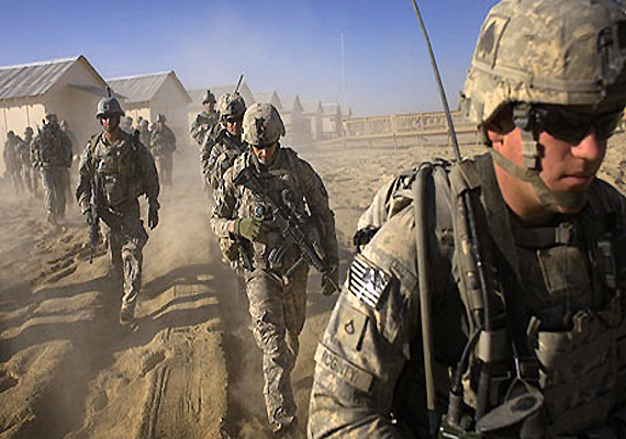 fearing reprisals us puts troops on high alert in