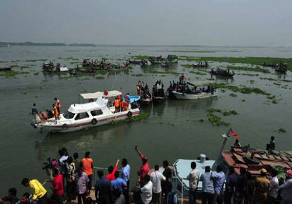 ferry with over 250 sinks in bangladesh many missing
