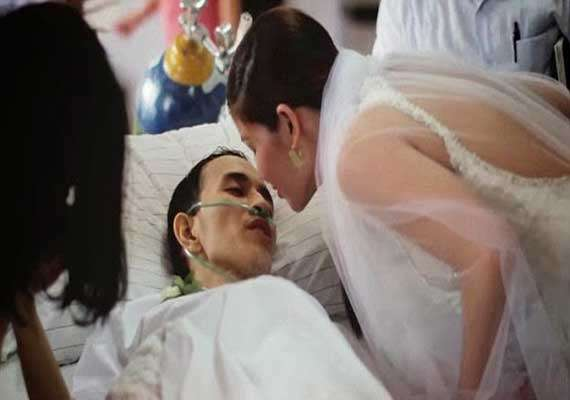 heartbreaking dying cancer patient marries girlfriend hours