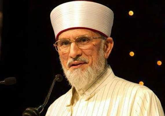 qadri leaves pakistan opposition claims deal with government