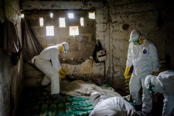 ebola cases jumps to over 13 700 who