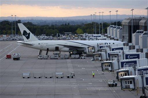 plane arrives in pakistan after false bomb threat