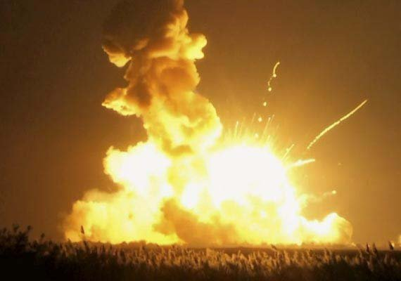 us unmanned spacecraft explodes shortly after launch