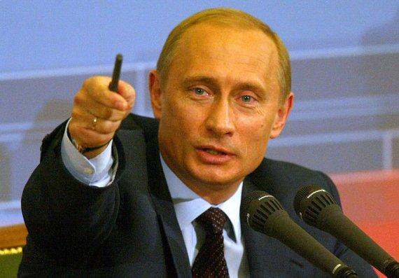 russians ukrainians should keep brotherly friendship putin