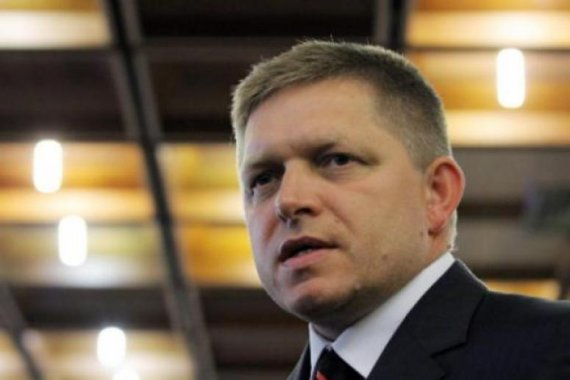 slovak pm for referendum on nato base in slovakia