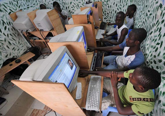 internet usage in s. africa hits 14 million mark