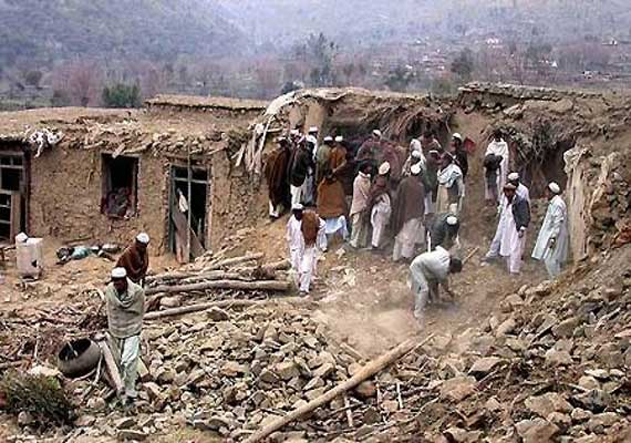 nato airstrike kills 12 militants in afghanistan