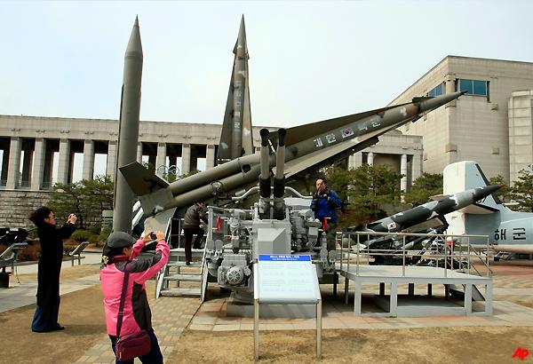 nkorea invites un nuke monitors to return
