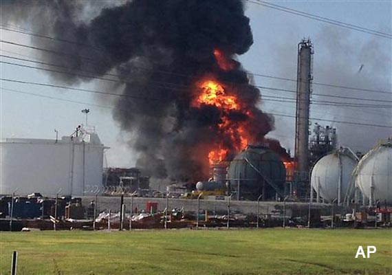 one dead 77 injured in us chemical plant blast