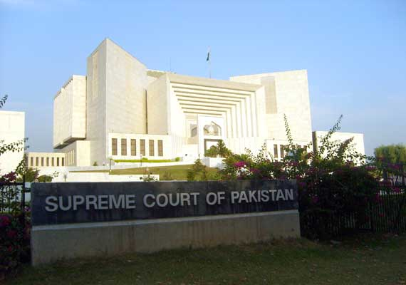 pak sc bars any unconstitutional steps against government