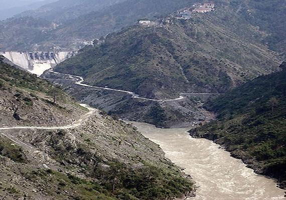 pak accuses india of violating indus water treaty agreement