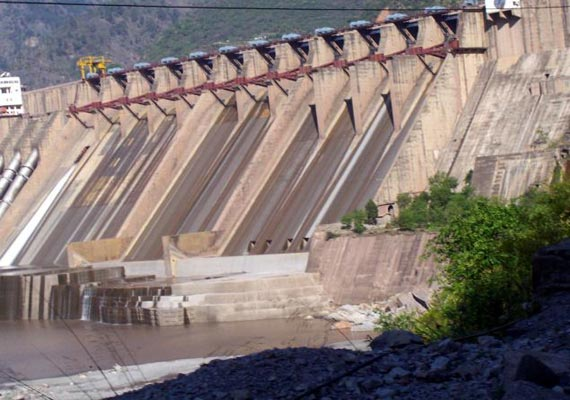 pakistan worried over india s proposed dams says daily