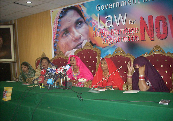 pakistan hindus demand law to register marriages