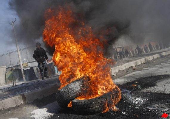 anti us protests rage on for third day in afghanistan