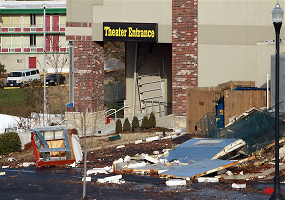 12 killed in us midwest storm