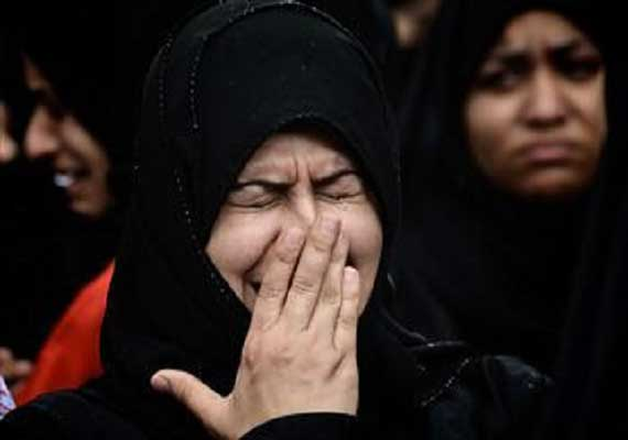 saudi woman gets 200 lashes 6 months jail for being raped