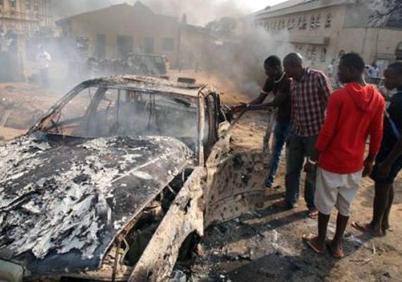 50 people killed in easter sunday bombings in nigeria