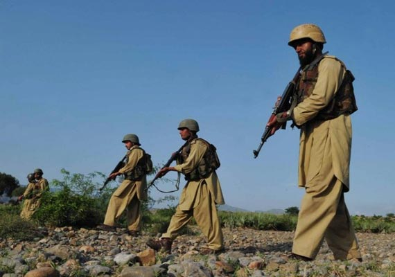 8 security personnel killed in attack on pak check post