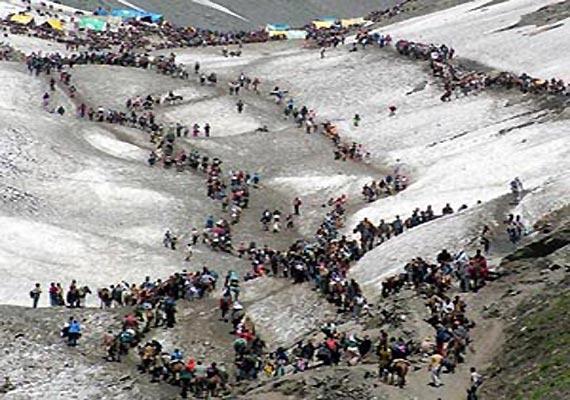 amarnath yatra fresh batch of 659 pilgrims leave from jammu