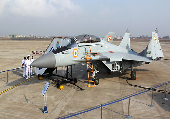 Anthony To Commission Mig 29 K Fighter Planes Into Navy India News India Tv