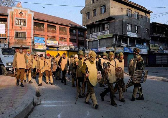 army deployed in budgam curfew clamped after sectarian