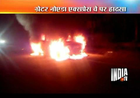 speeding car gutted on greater noida expressway