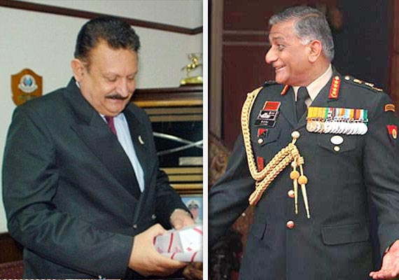 delhi court warns ex army chief v k singh of action