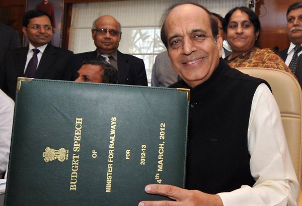 dinesh trivedi resorts to urdu couplets in budget speech