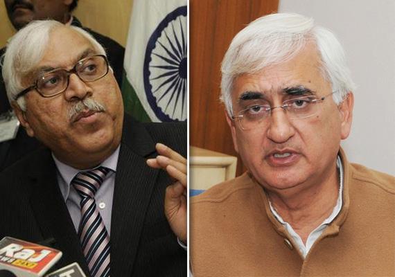 ec censures law minister khurshid for violating model code