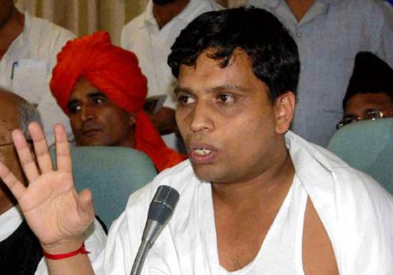 ed issues notice against balkrishna for violating forex