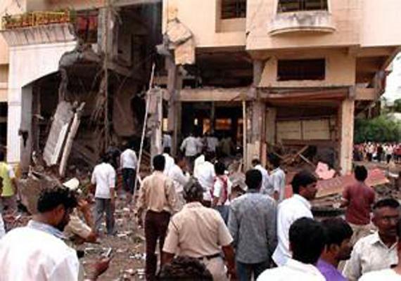 five killed in lpg cylinder blast in mysore
