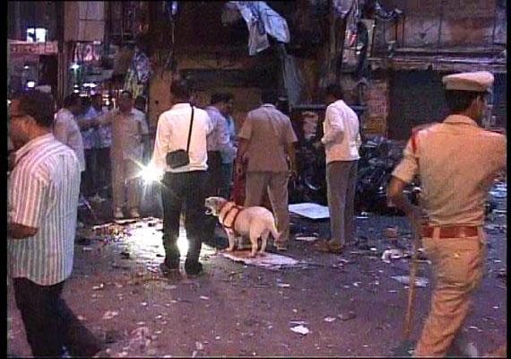 hyderabad blasts nia wants to quiz two delhi prisoners