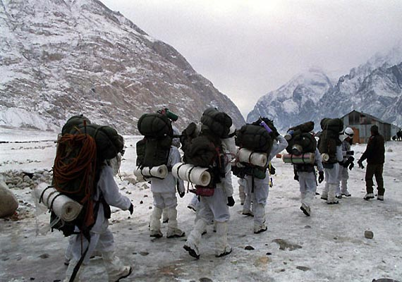 India flags off another expedition to Siachen | India News – India TV