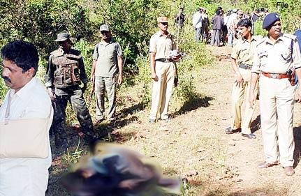 5 killed maoists blow up ambulance in orissa