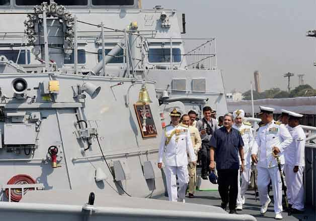 10 things to know about india s biggest warship ins kochi