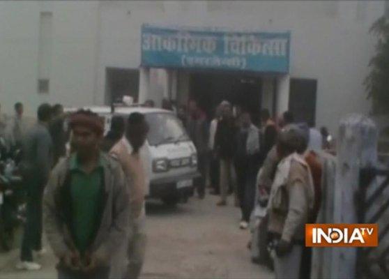 mau 5 school children dead several hurt as train hits bus
