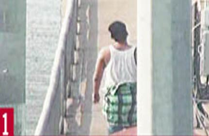 mystery man jumped into sea hours before obama s arrival