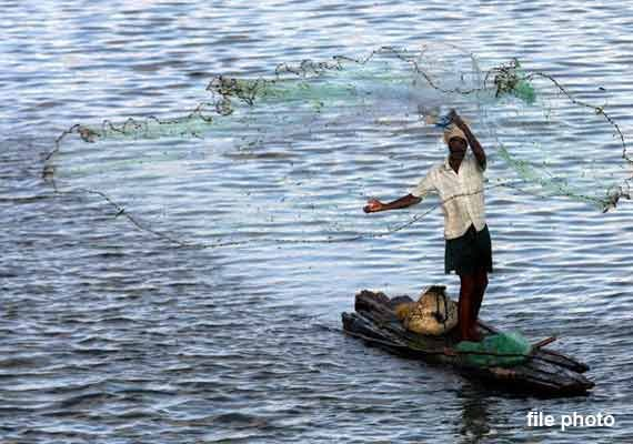 5 indian fishermen given death sentence by lankan court