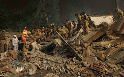 one more body pulled out delhi collapse toll 70