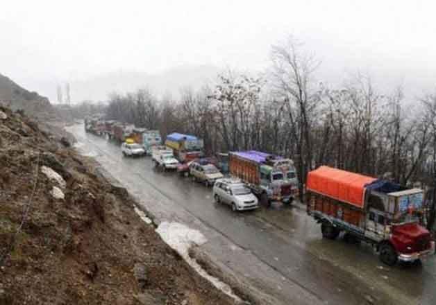 jammu srinagar highway reopens for vehicular traffic