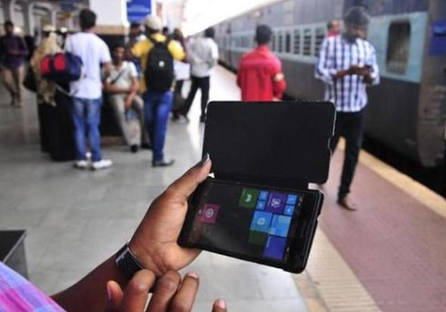 digital india railway broadband to touch half million homes