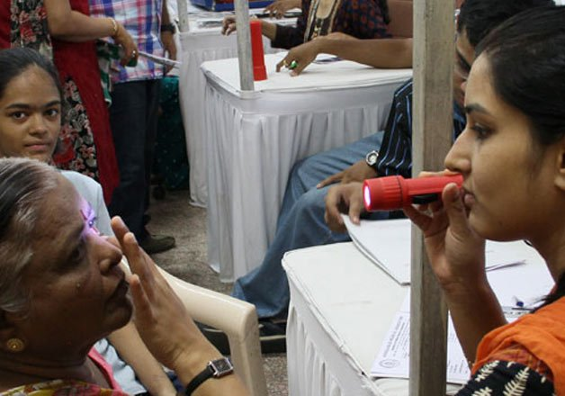 indian americans raise usd 75 000 for eye hospital in bihar