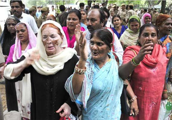 bhopal gas tragedy victims to go on indefinite hunger fast