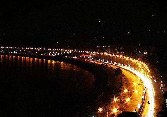 at a glance marine drive mumbai s pride