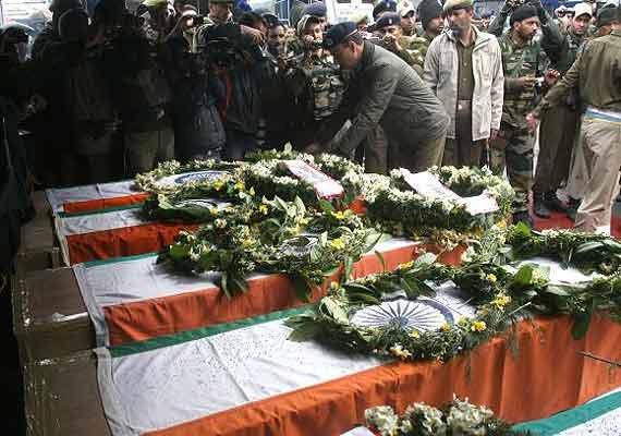 naxal attack rs 38 lakh for kin of each killed jawan