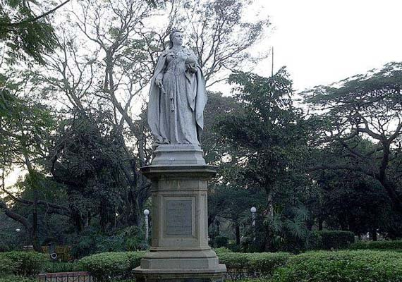 heritage lovers alarmed over removal of queen victoria
