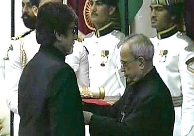 amitabh bachchan prince karim aga khan honoured with padma