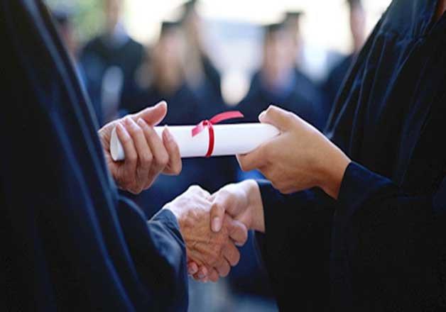 pay pre matric scholarship to minorities through dbt centre