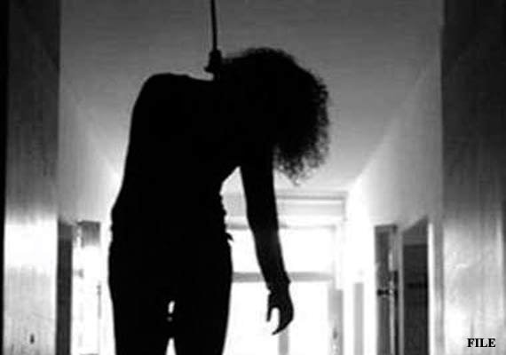 love jihad hindu girl commits suicide after conversion