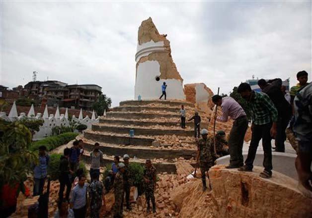 nepaldevastated 180 bodies retrieved from debris of nepal s